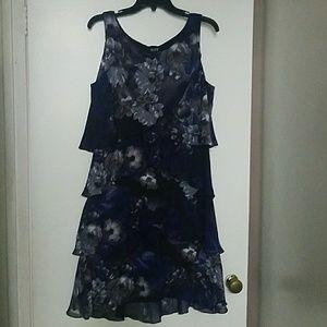 SLNY ruffle dress